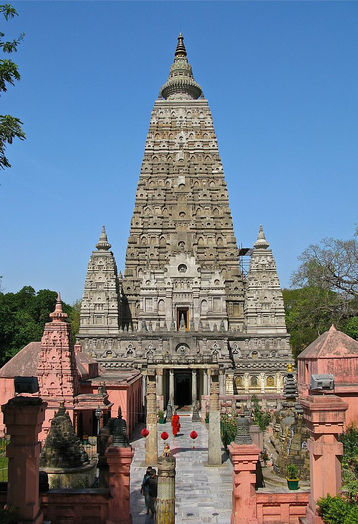 Amazing Place to Visit In Gaya-Mahabodhi Temple
