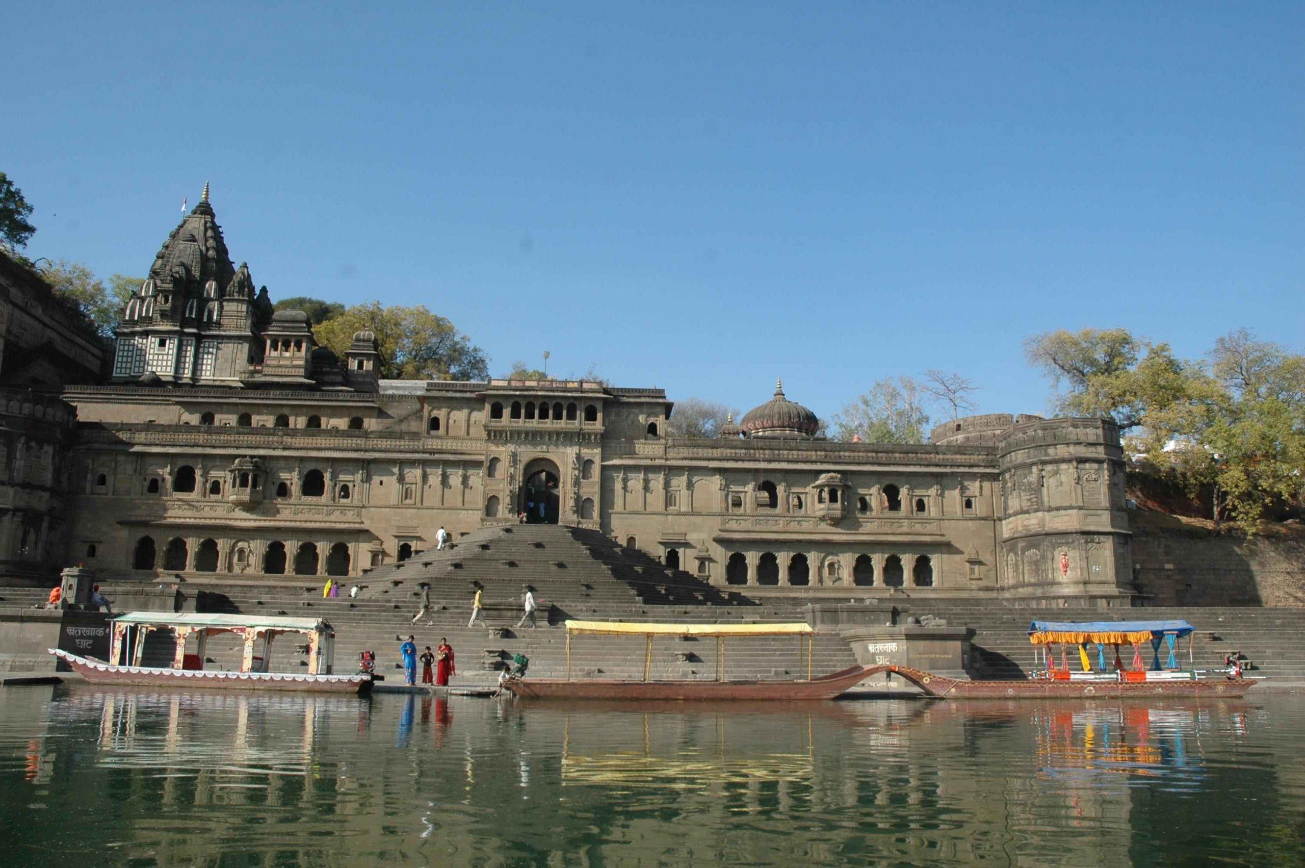 Maheshwar tourist destination Weekend Getaway Near Ahmedabad