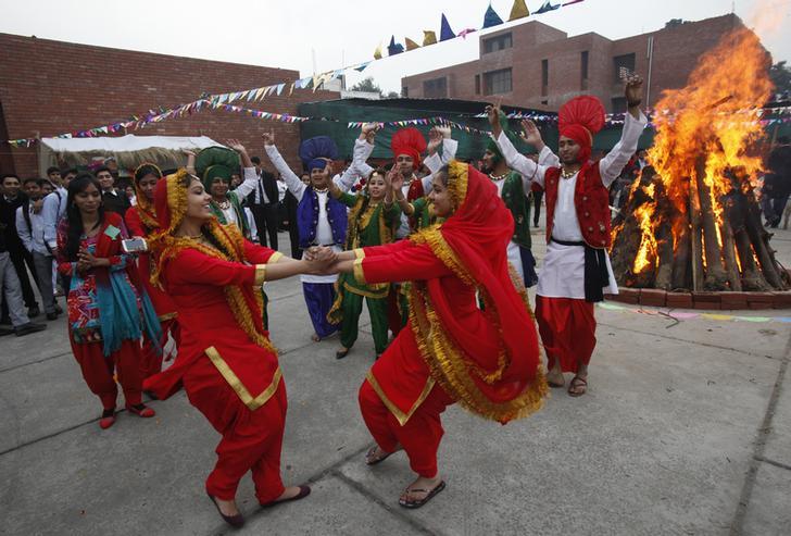 Best Festival In Uttar Pradesh-Makar Sankranti