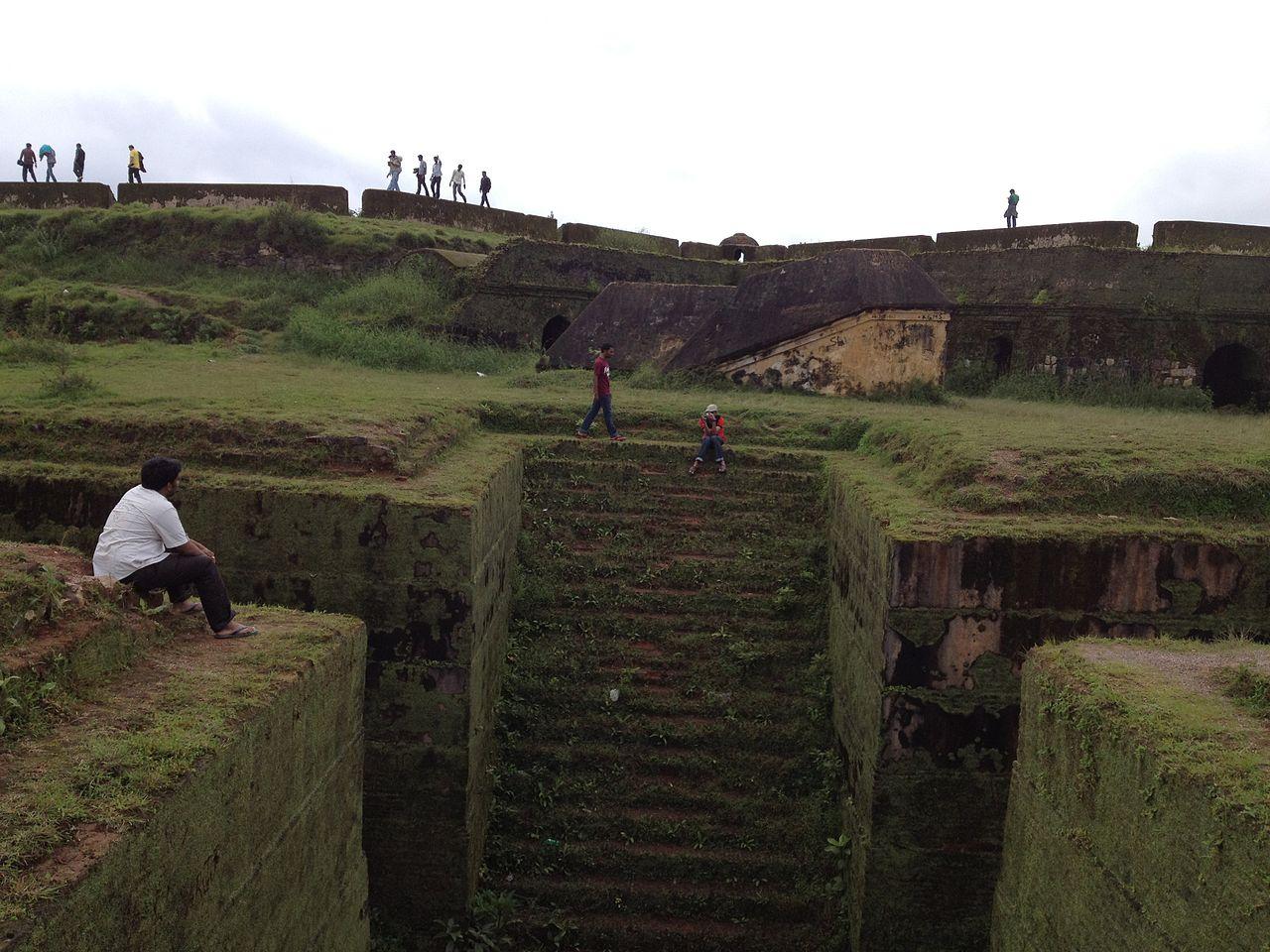 Visit Manjarabad Fort : The Star Shaped Fortress in Sakleshpur, Karnataka