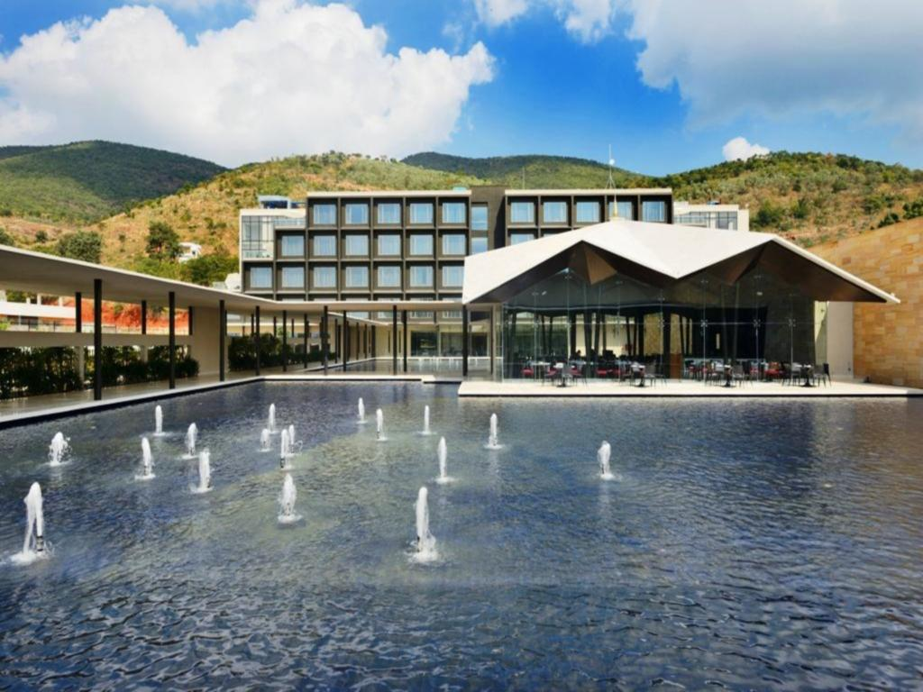 Best Hotel To Stay Near Srikalahasti Temple-Marasa Sarovar Premiere