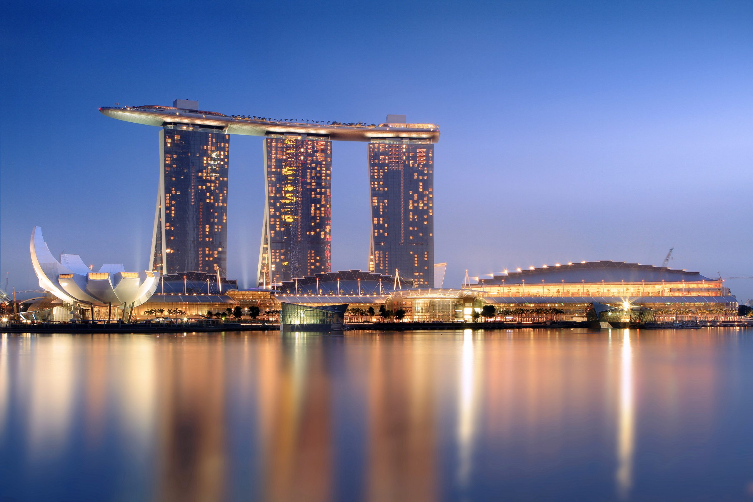 Top Luxury Hotel in Singapore-Marina Bay Sands
