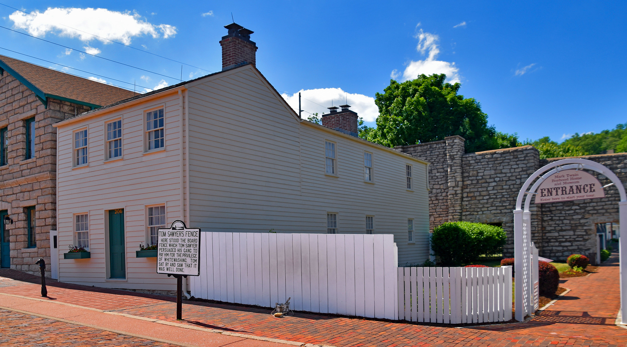 Amazing Place to Visit In Missouri-Mark Twain Boyhood Hall and Museum
