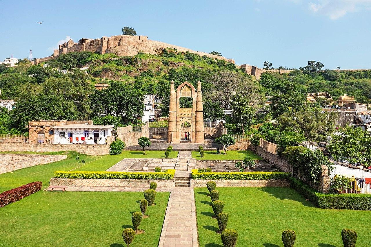 Best Weekend Destination from Surat-Matheran, Chanderi Fort