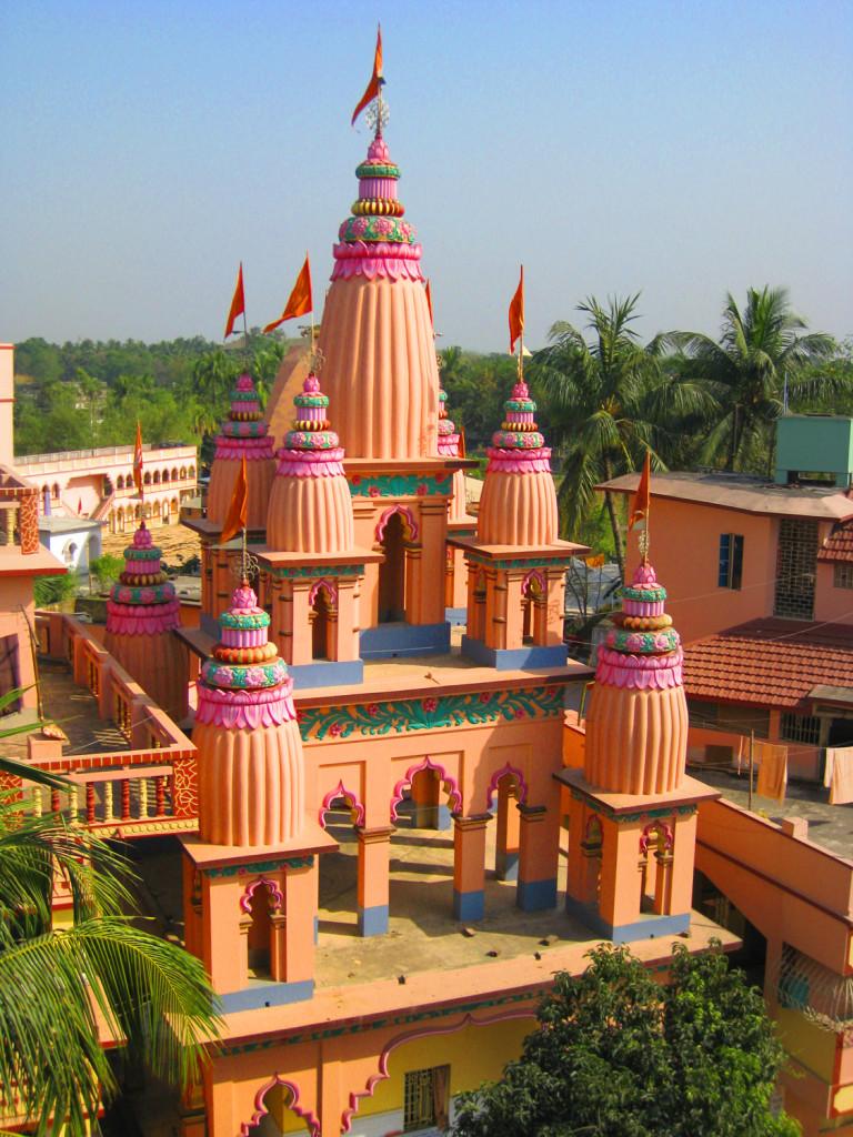 Top Weekend Destination Near Kolkata-Gaudia Math, Mayapur
