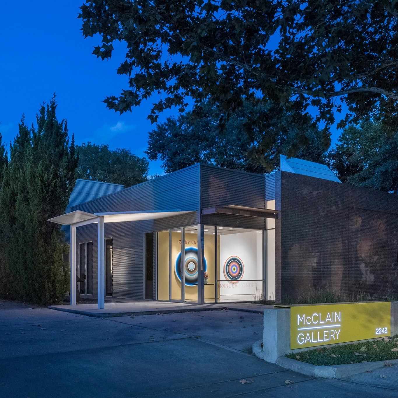 Amazing Tour of Contemporary Art Galleries of Houston-McClain Gallery