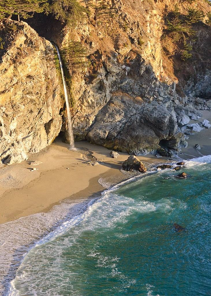 Popular Waterfall In California-McWay Falls
