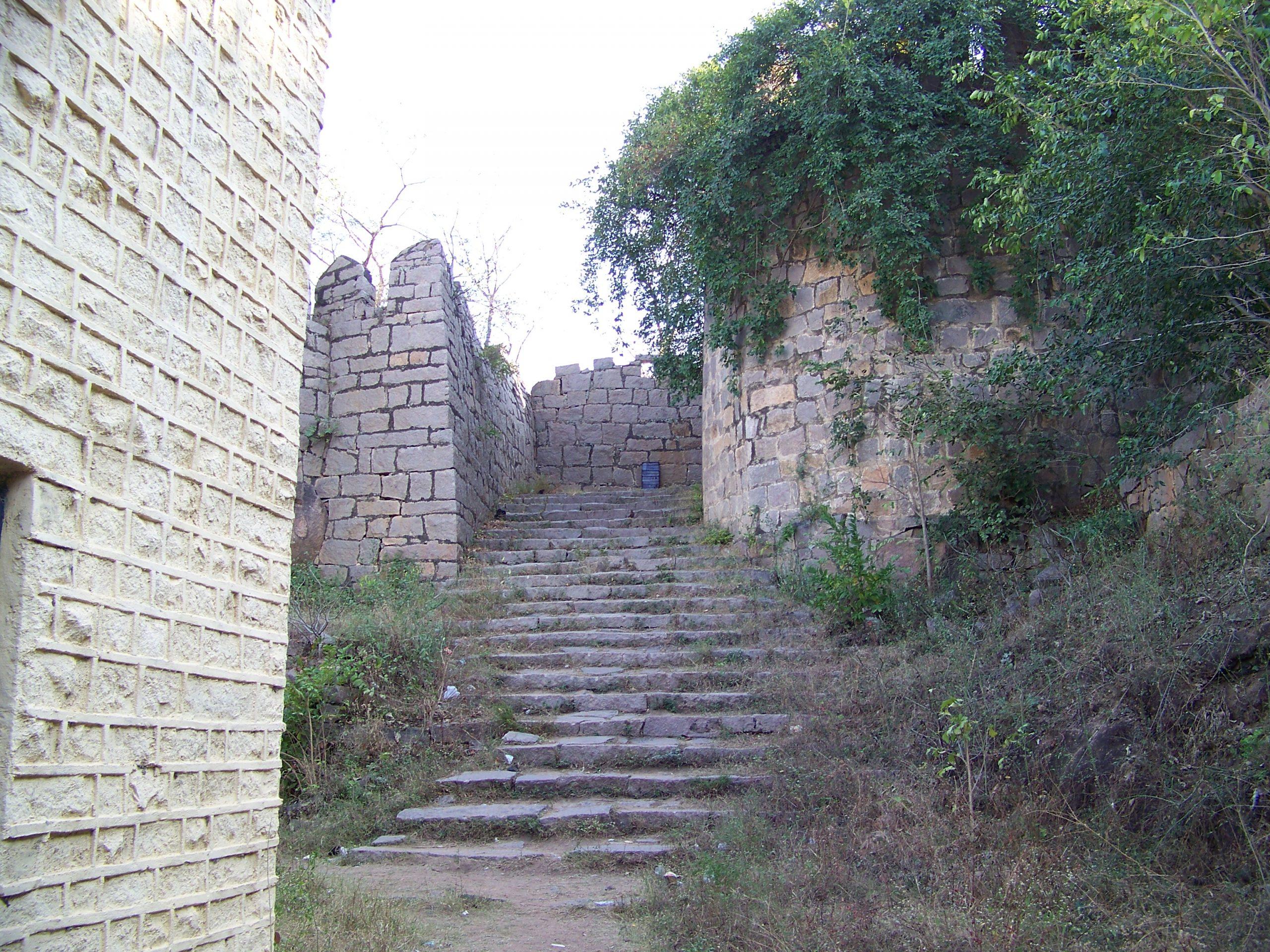 Amazing Place in Telangana-Medak Fort
