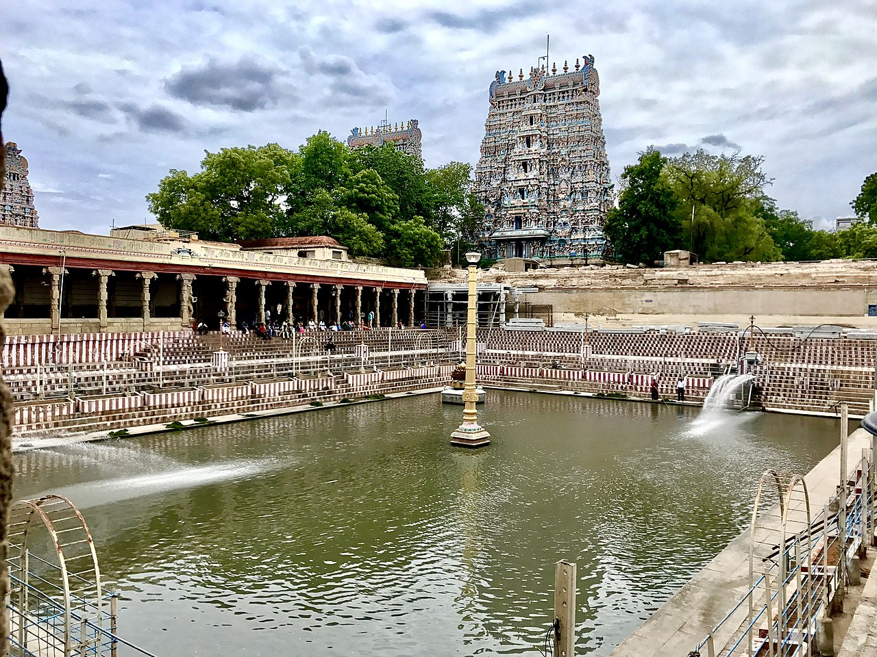 Meenakshi Amma Temple (also known as Meenakshi Temple) - Madurai Temple Tour