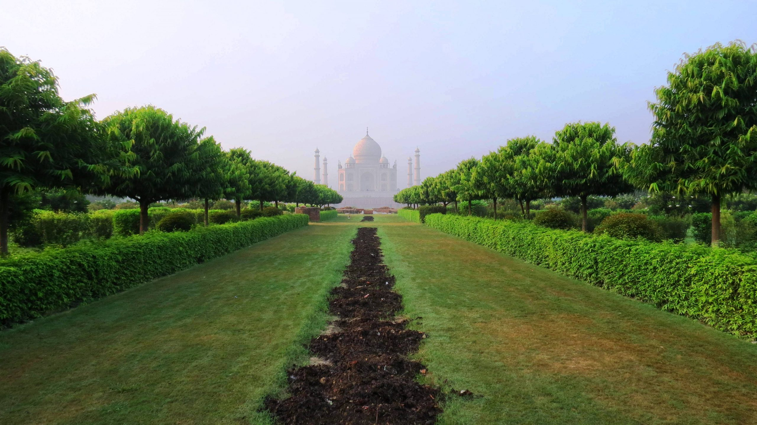 Mehtab Bagh in Agra-Amazing Sightseeing Place