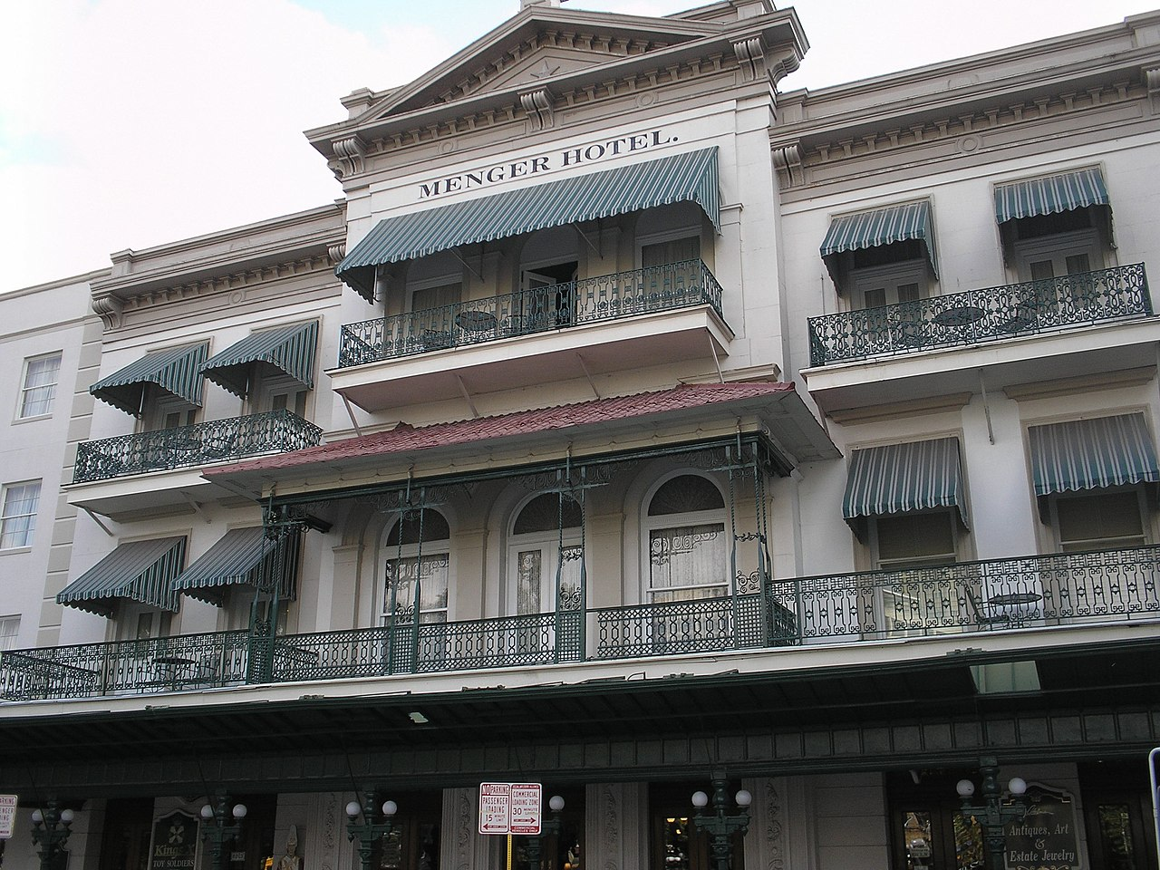 Menger Hotel-Historical Sites Of Texas No One Visits