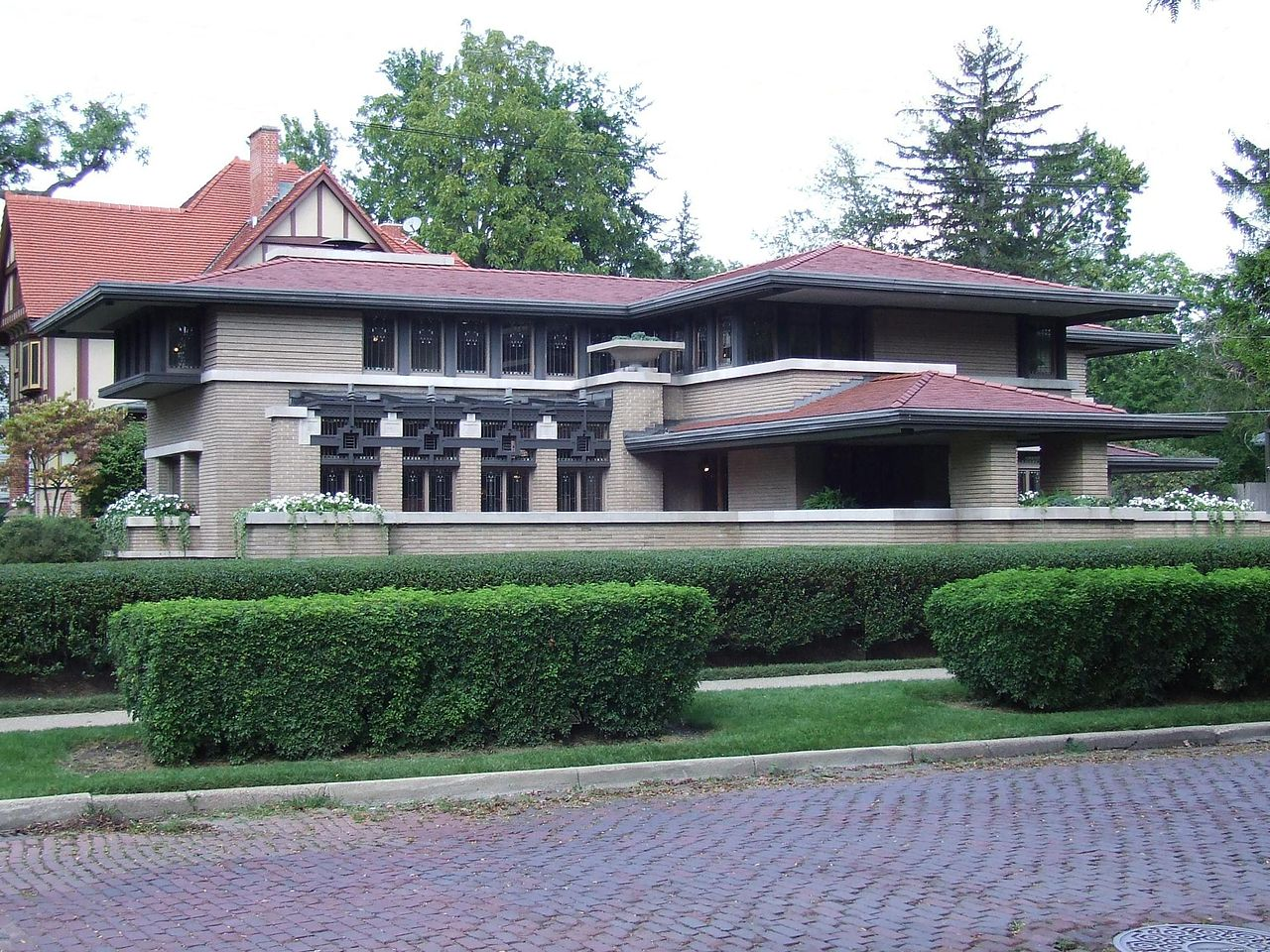 Best Tourist Attraction in Grand Rapids-Meyer May House