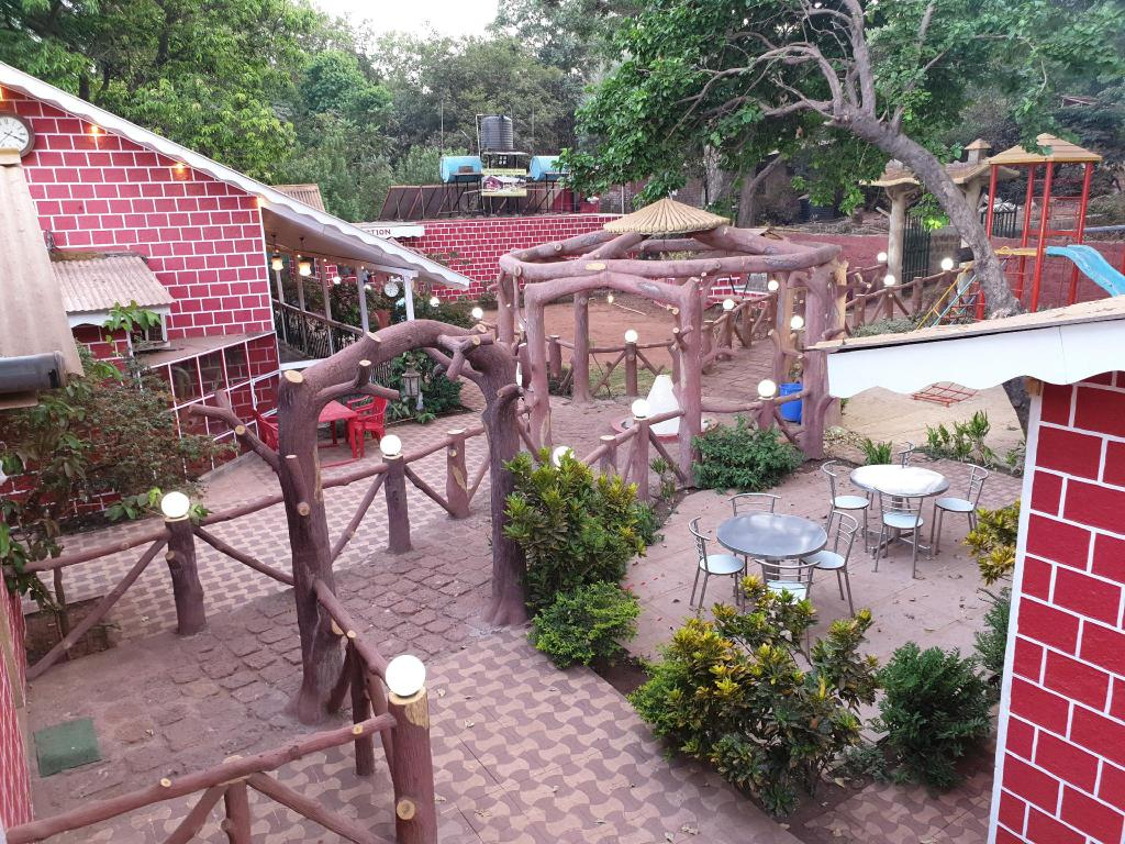 Misty Matheran Resorts - Mid-Range Hotels and Resorts in Matheran