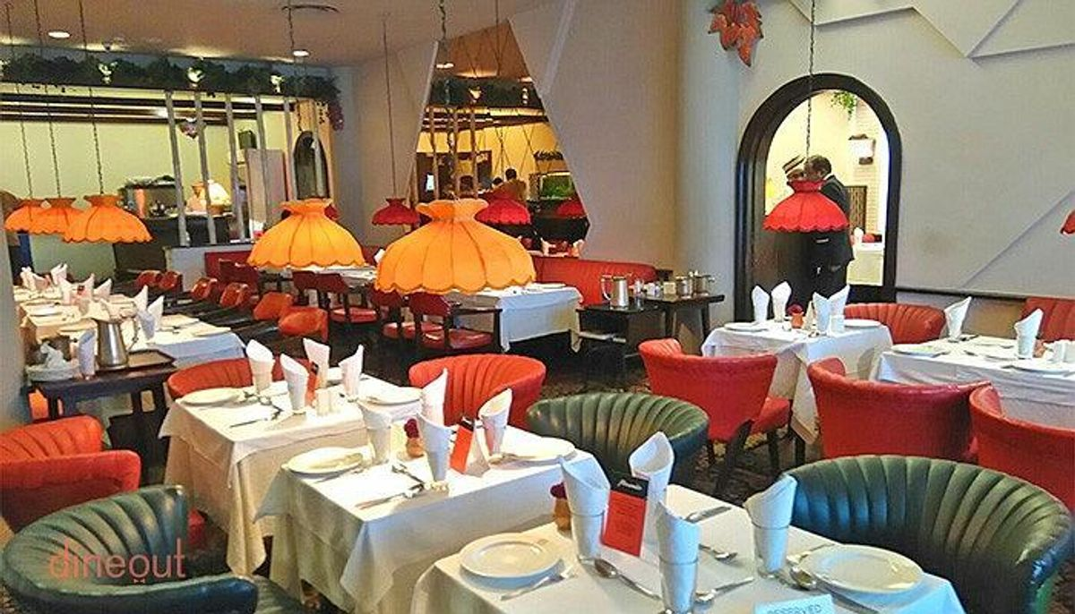 Mocambo - Restaurants In Kolkata That Every Tourists Must Visit
