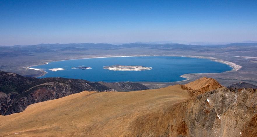 Sight-seeing Destination in California for Road Trips-Mono Lake & Mono County