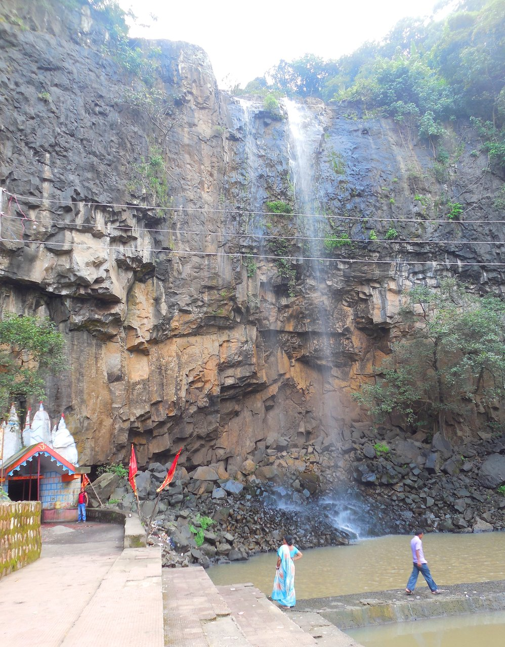 Place You Must See While Visiting Bindudham-Moti Jharna