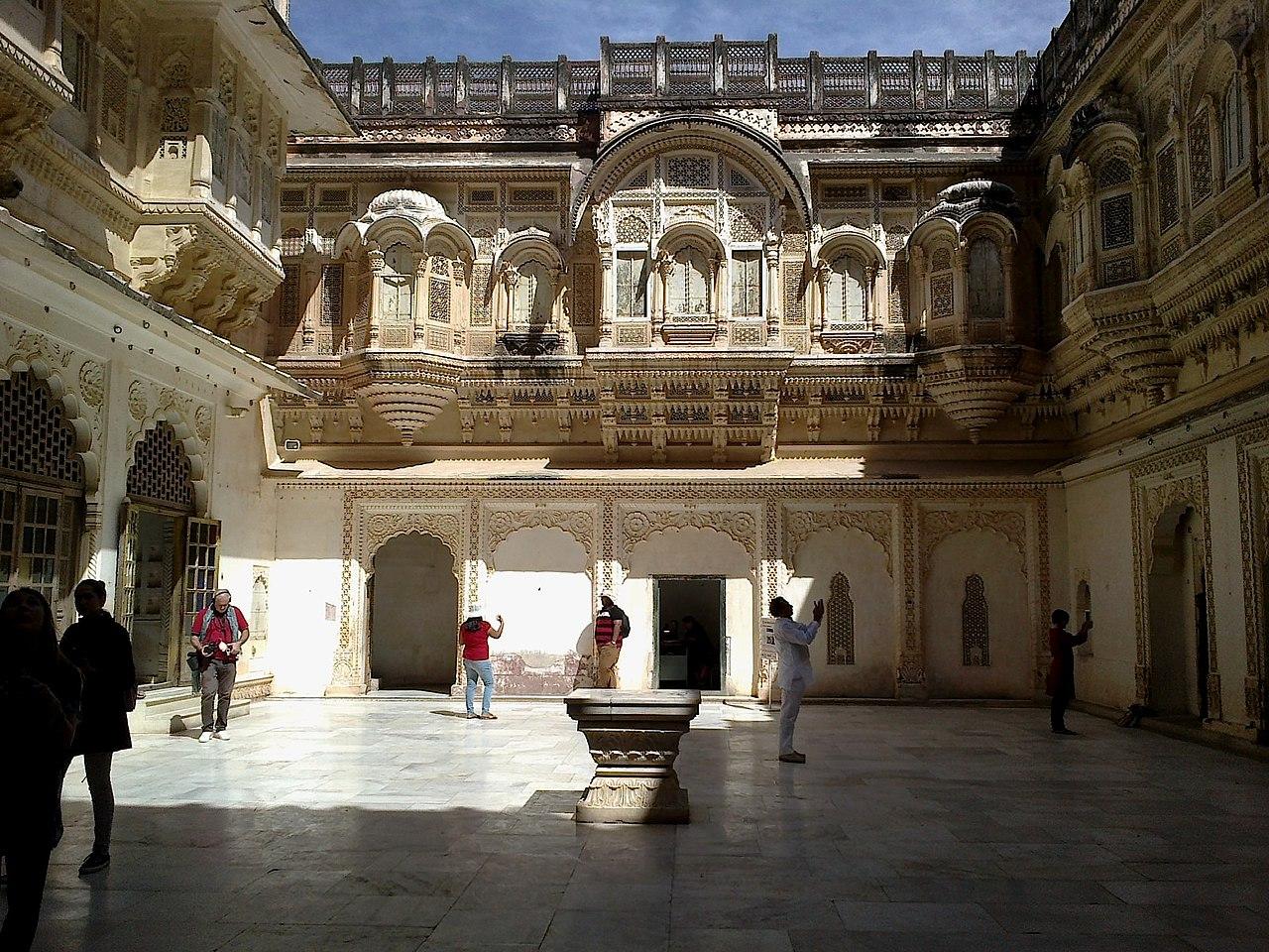 Tourist Place To Visit In Bundi, Rajasthan-Moti Mahal
