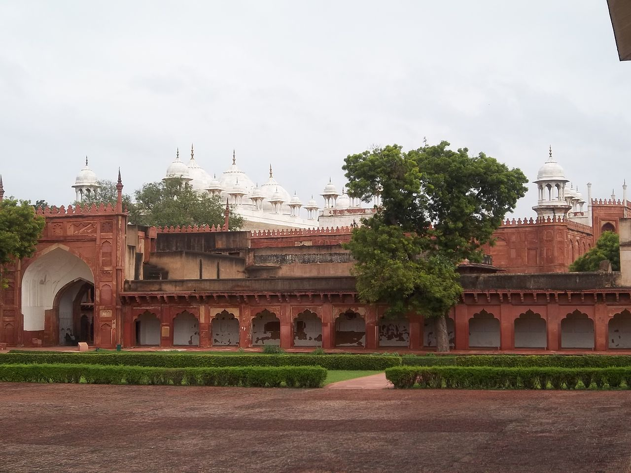 Top Place in Agra-Sikandra Fort-Moti Masjid