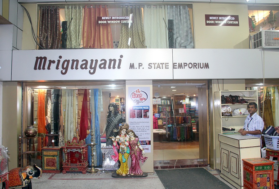 Mrignayani Emporium Best Place In Bhopal Which Are Perfect For A Shopping Splurge