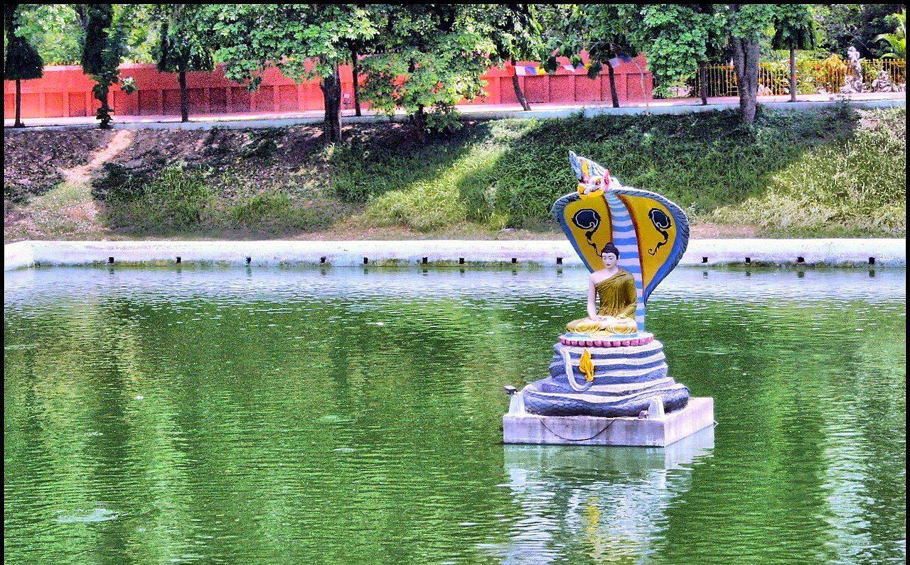Must Visit Place Visit In Gaya-Muchalinda Lake