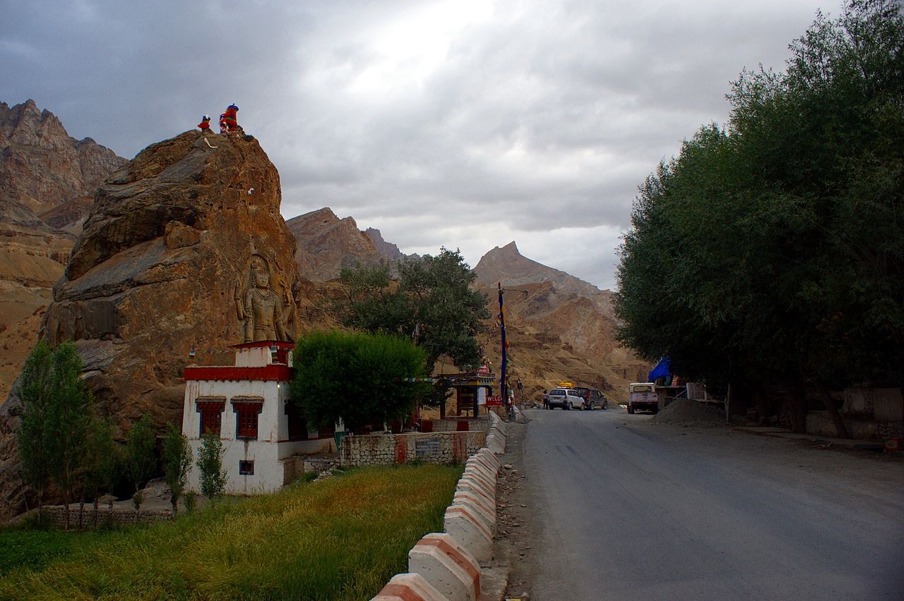 Top Place to See in Dras-Mulbekh Monastery