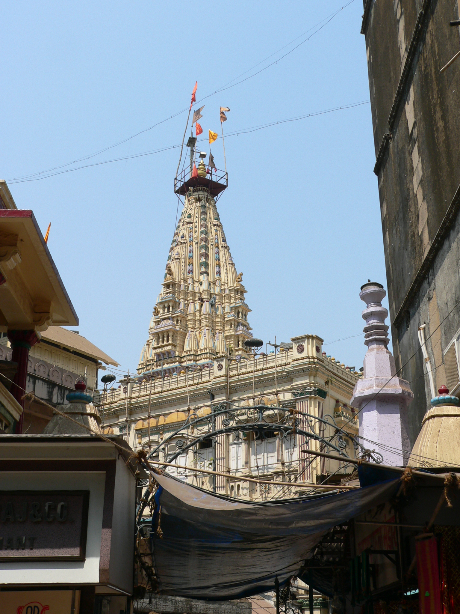 Mumbadevi Temple Powerful Temple in Mumbai