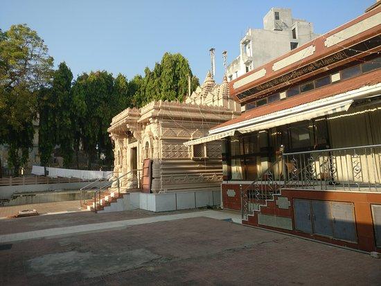 Attraction Tourist Destination in Bharuch-Munisuvrat Swami Jain Temple