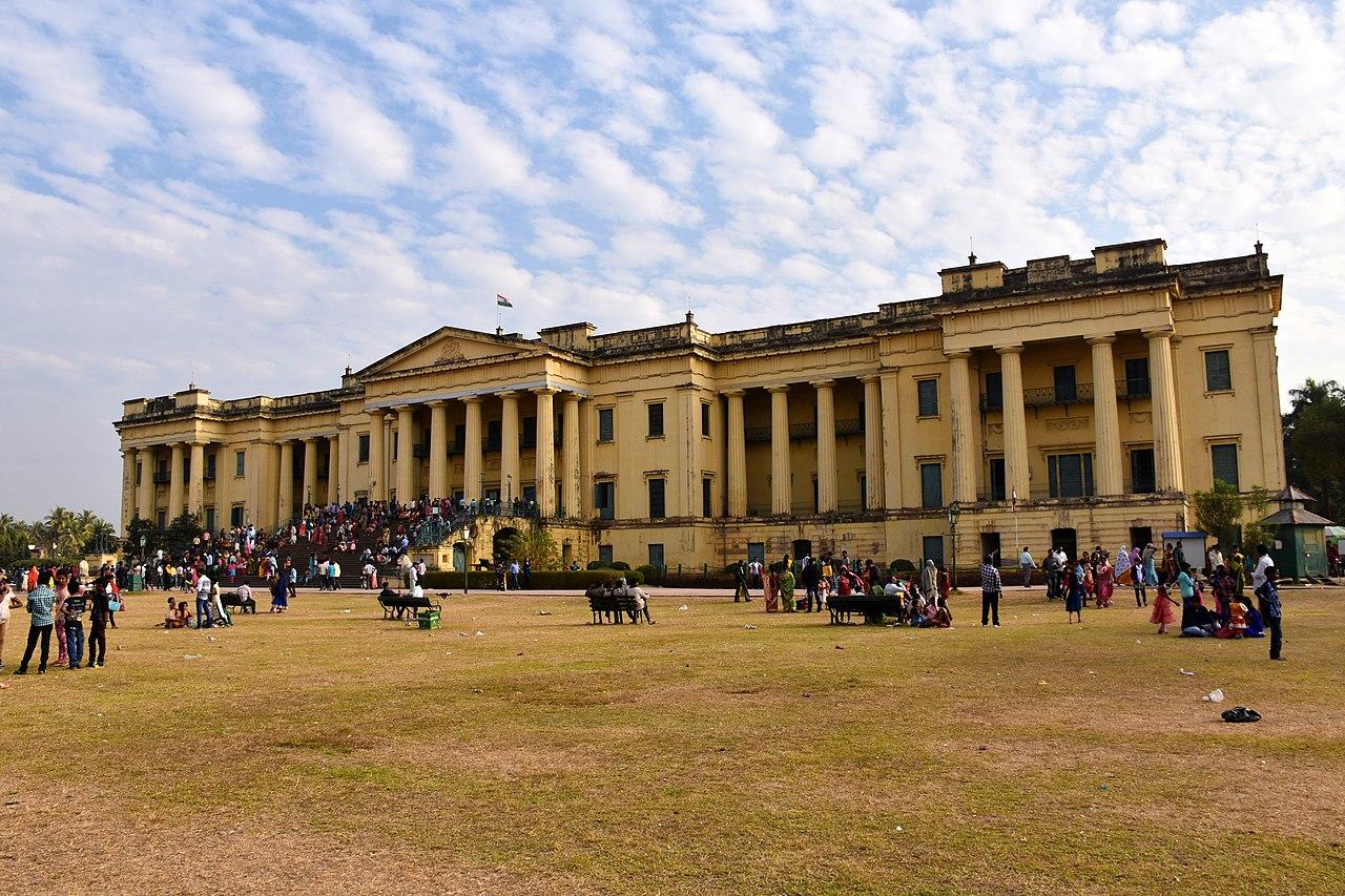 Amazing Weekend Getaways from Bhagalpur, Bihar-Hazarduari Palace, Murshidabad