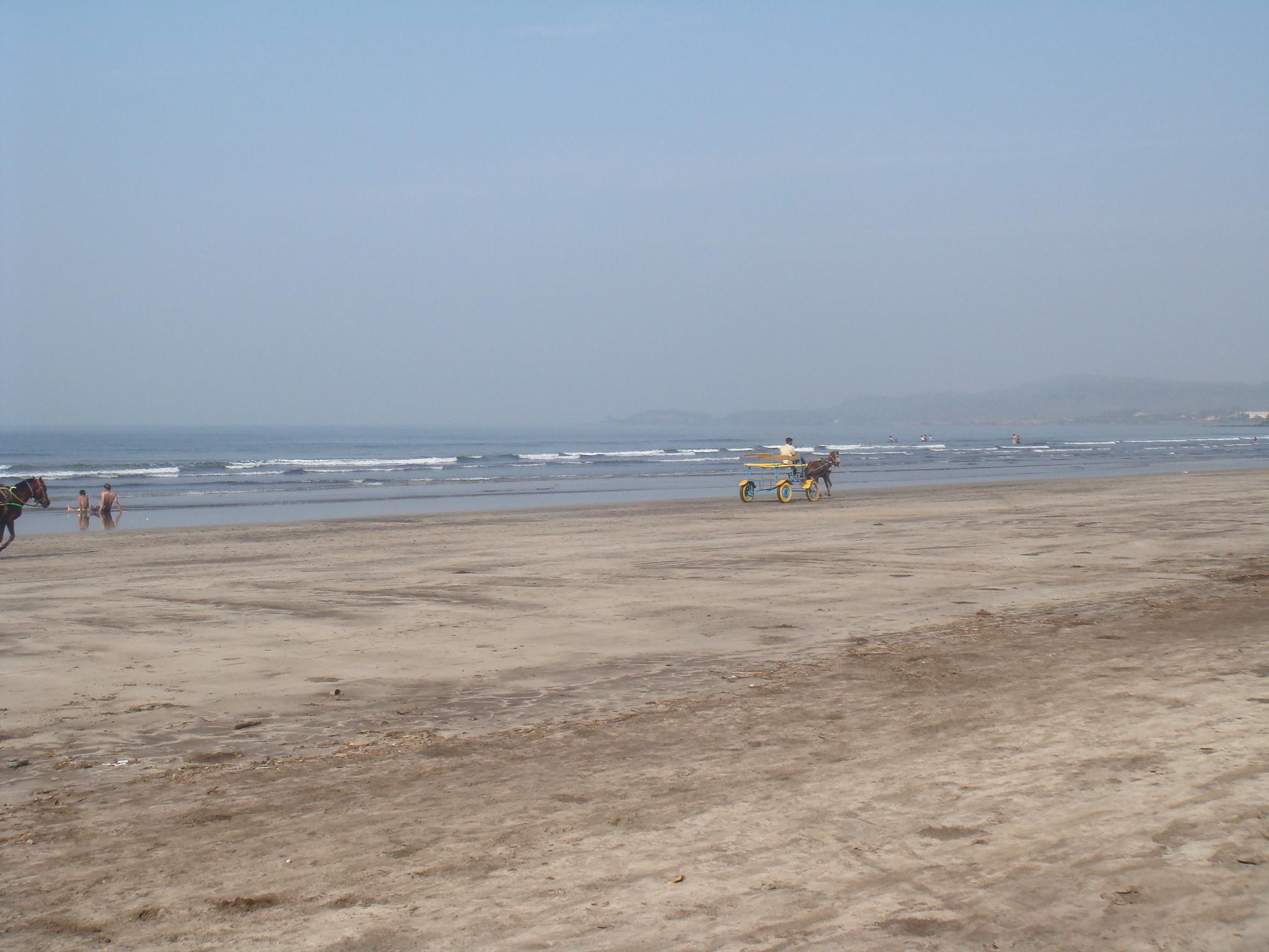 Visit Murud Beach in Ratnagiri