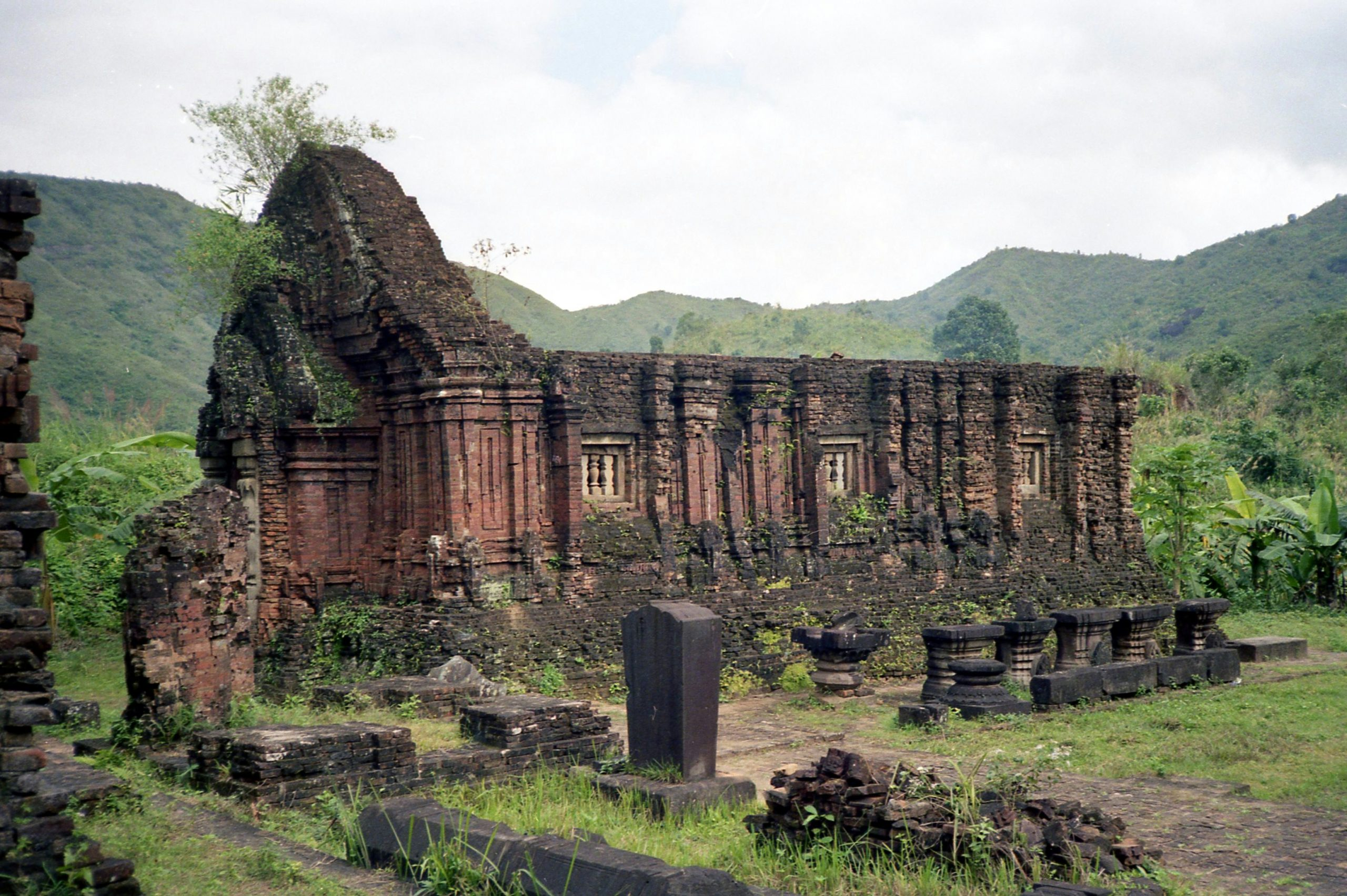 Top Place in Vietnam That Every Tourist Must Visit - My Son