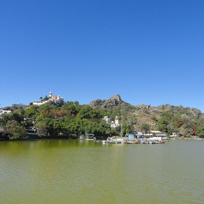 Amazing Places To Visit In Mount Abu