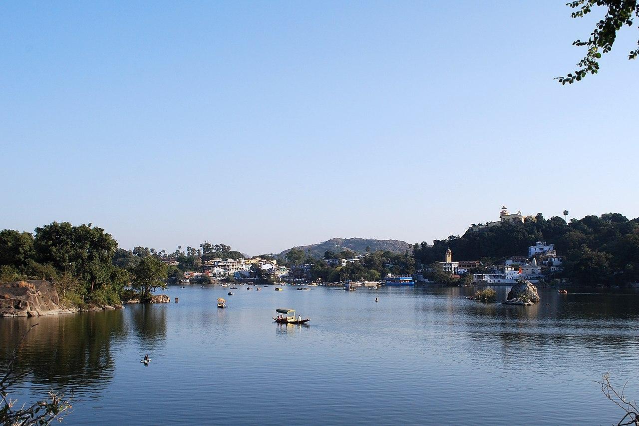Top Lake in Rajasthan-Nakki Lake, Mount Abu