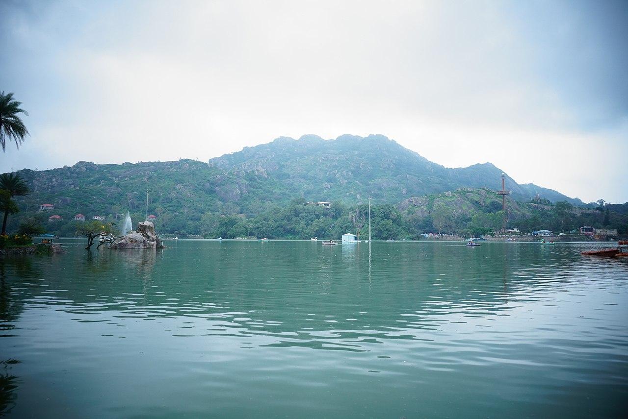 Popular Place To Visit In Mount Abu, Rajasthan-Nakki Lake