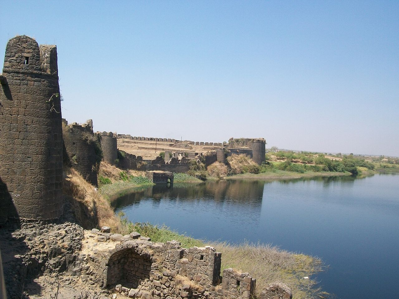 Naldurg Fort - The Fort with a Dam in Osmanabad