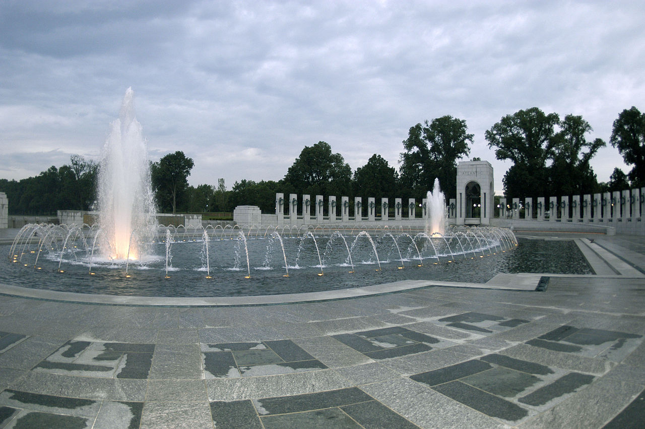 Must Go-To Place in Washington DC-National Mall and Veterans Memorials