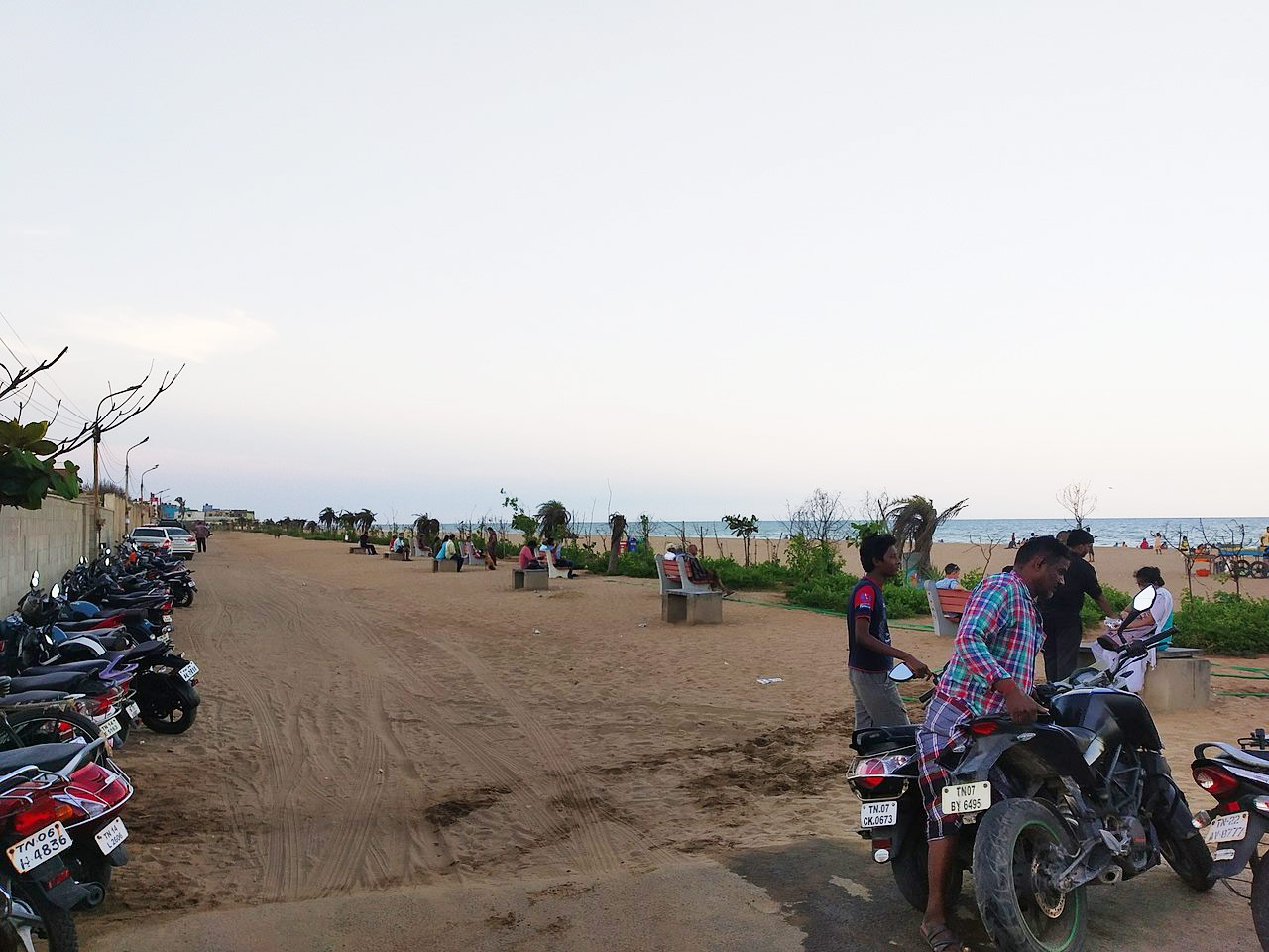Top Beach in Chennai For Kids & Families-Neelamkarai Beach