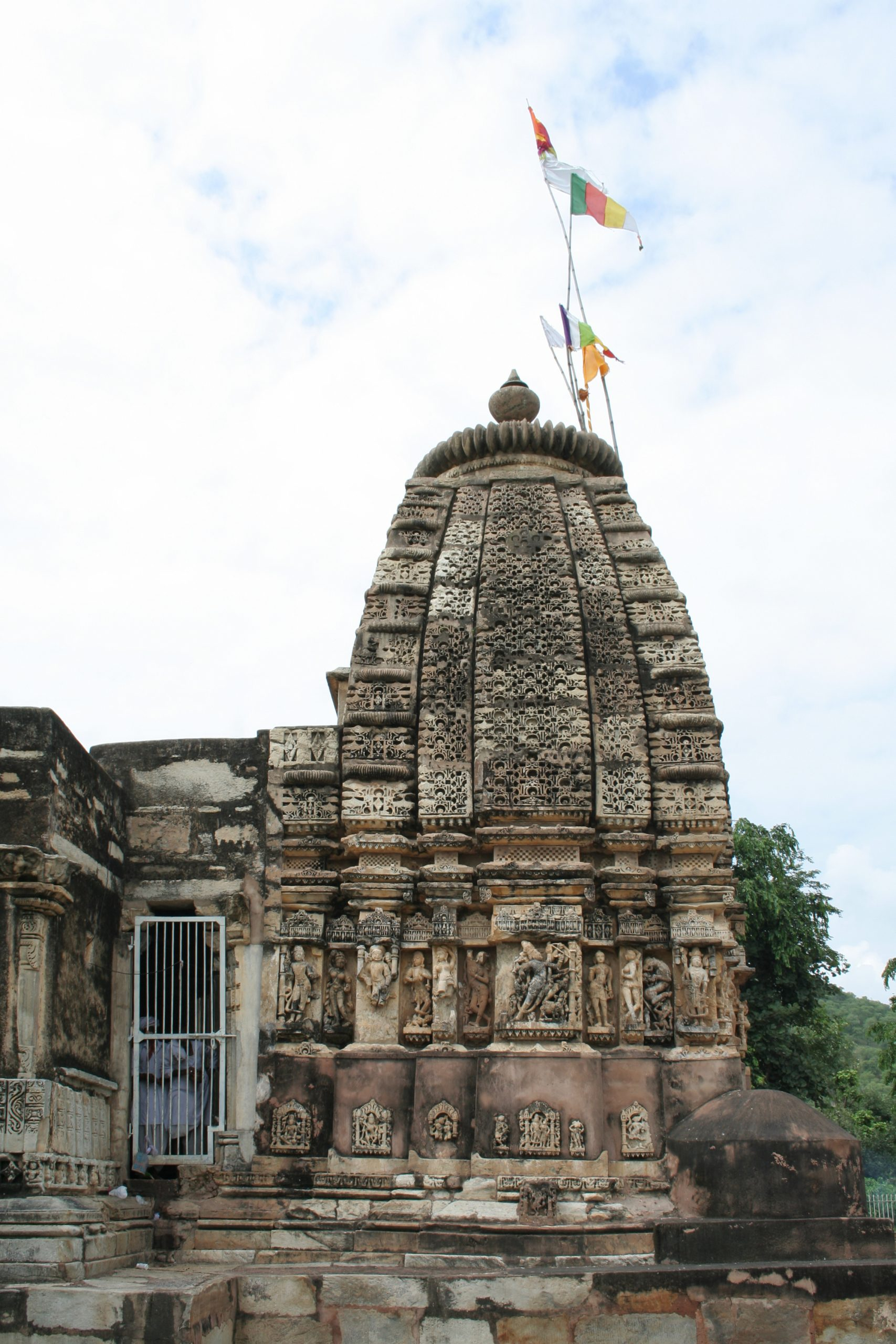 Famous Place to Visit in Alwar-Neelkanth Mahadev Temple