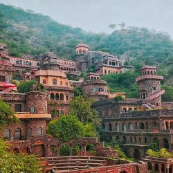 Neemrana Fort Palace - Best place to visit in