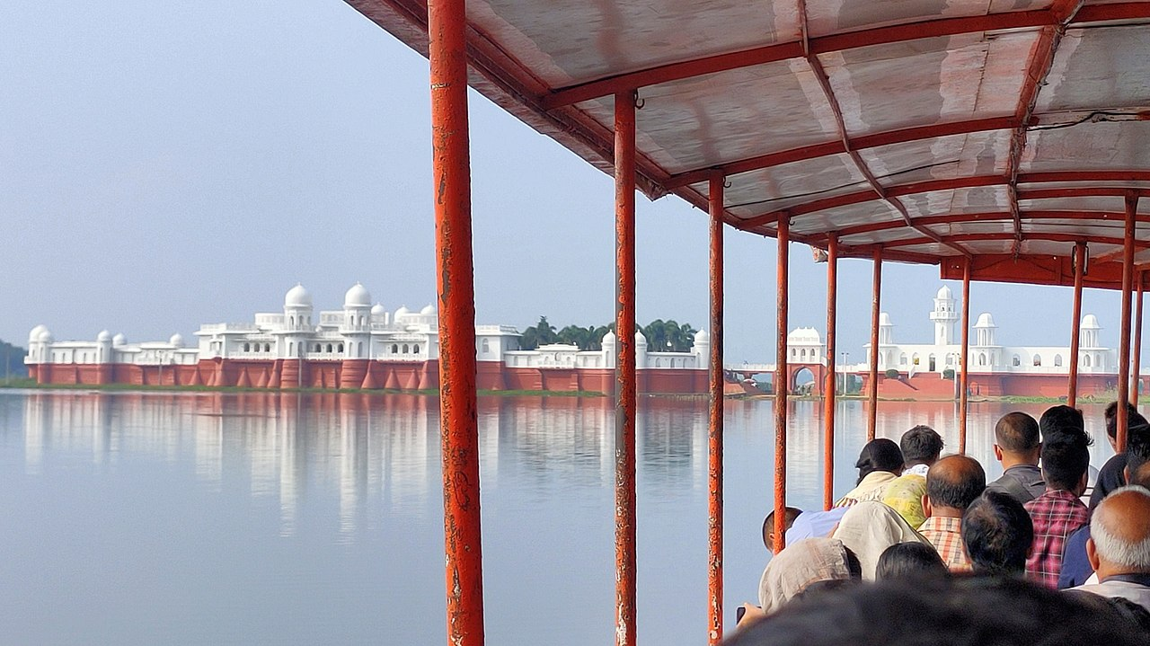 Neermahal - Amazing Places to See in and Around Udaipur in Tripura