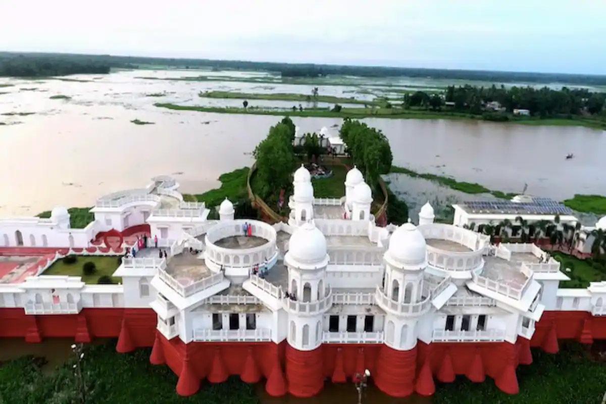 Top Festival of Tripura-Neermahal Water Festival