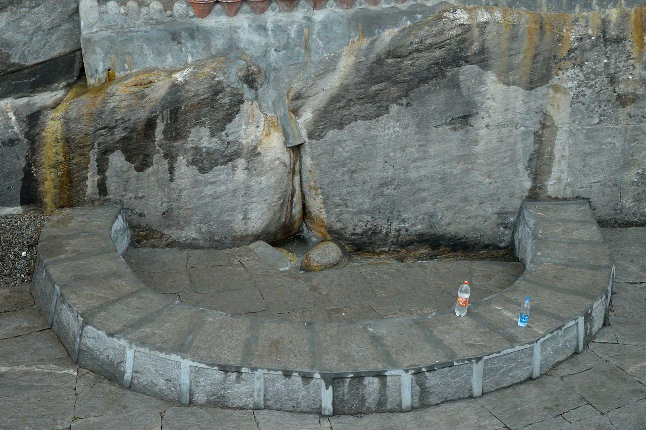 Amazing Place to Visit in Manali& Kullu - Nehru Kund