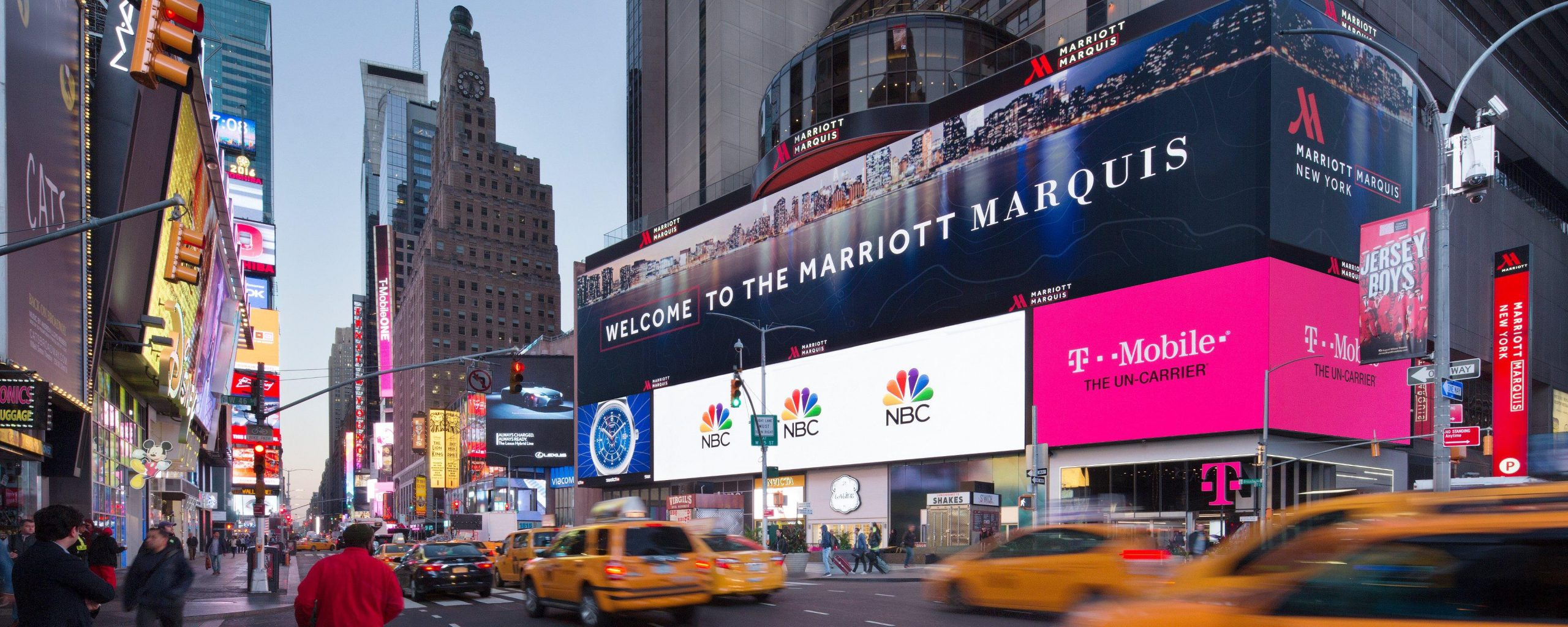 New York Marriott Marquis - Luxury Hotels To Dwell In New York