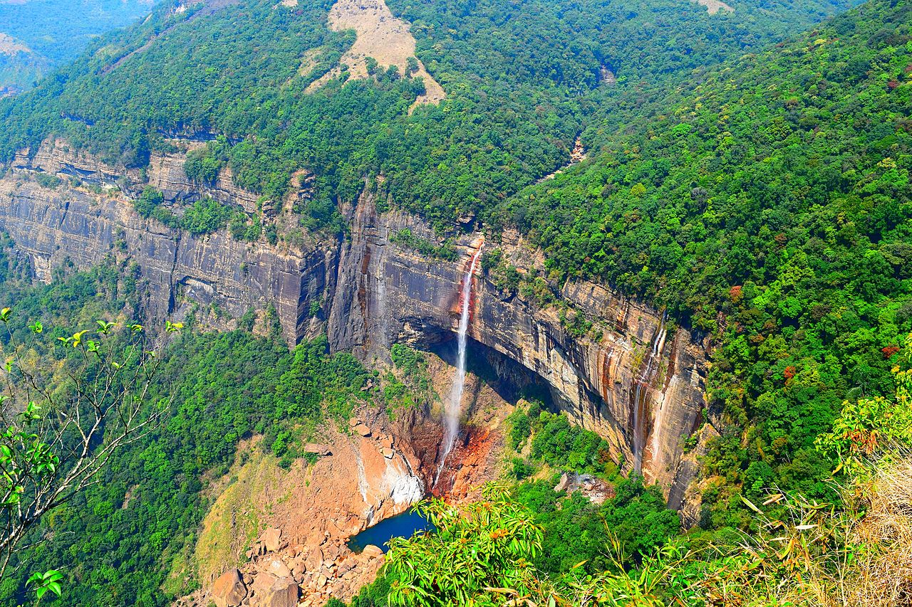 Attraction To Visit Nearby Seven Sisters Waterfall-Nohkalikai Waterfalls