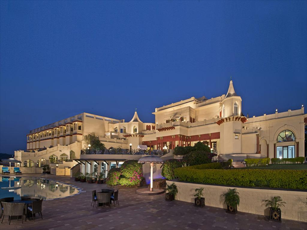 Super Luxury Hotel To Stay In Bhopal-Noor-Us-Sabah Palace