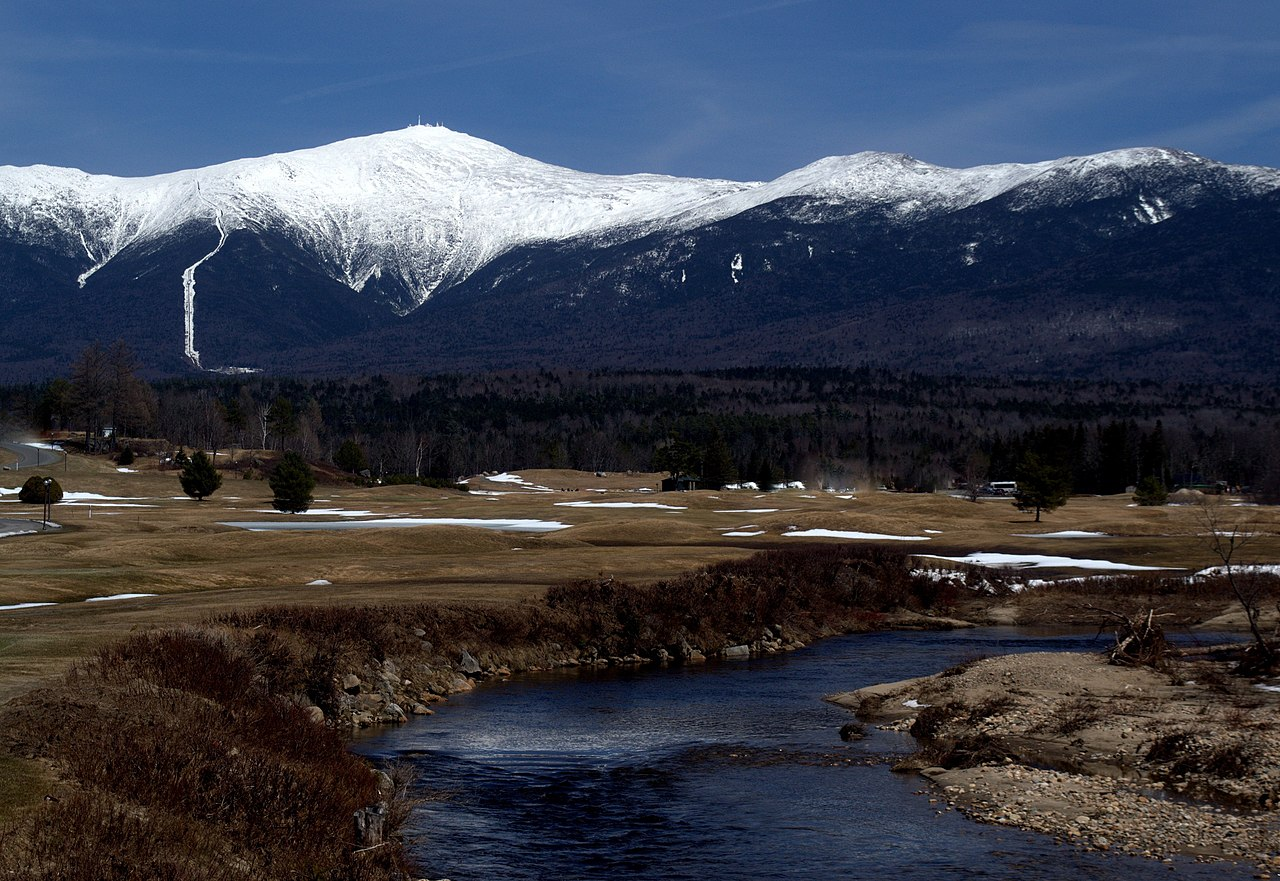 Sightseeing Place to Visit In New Hampshire-North Conway and Mt. Washington Valley Ski Resort