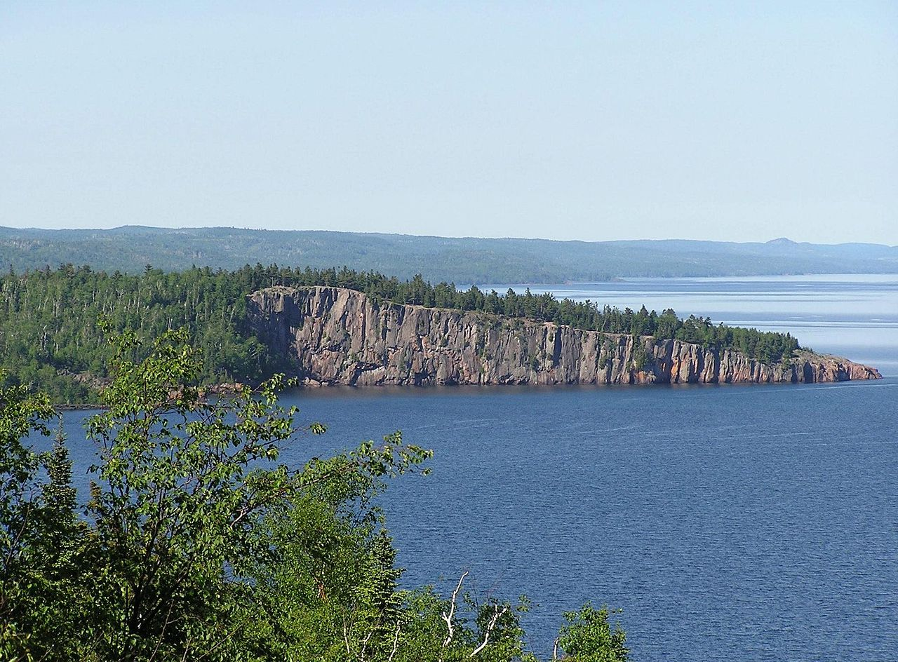 Incredible Places to Visit in Minnesota-North Shore Scenic Drive