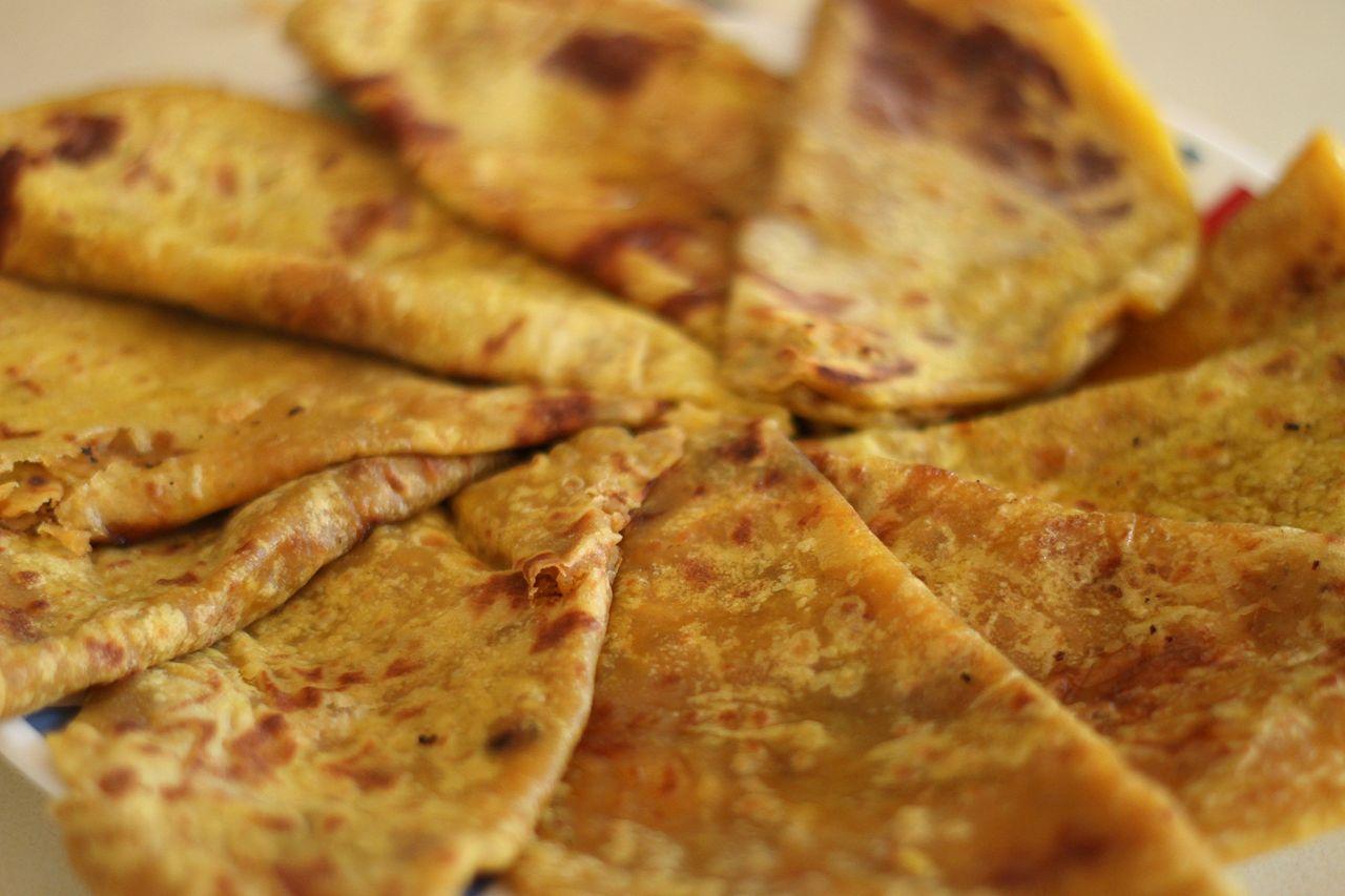 Tasty Karnataka Dish To Try-Obbattu For Holige