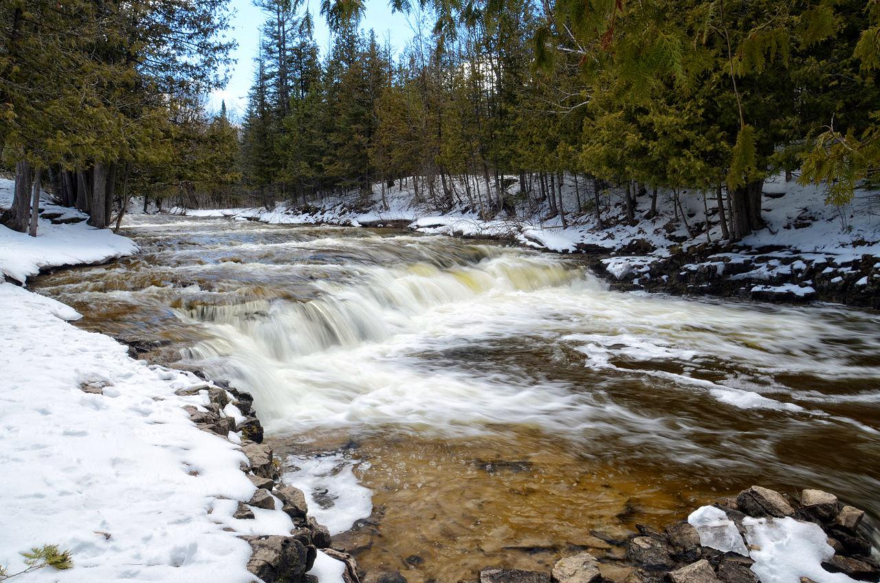 Beautiful Waterfalls in Michigan-Ocqueoc Falls