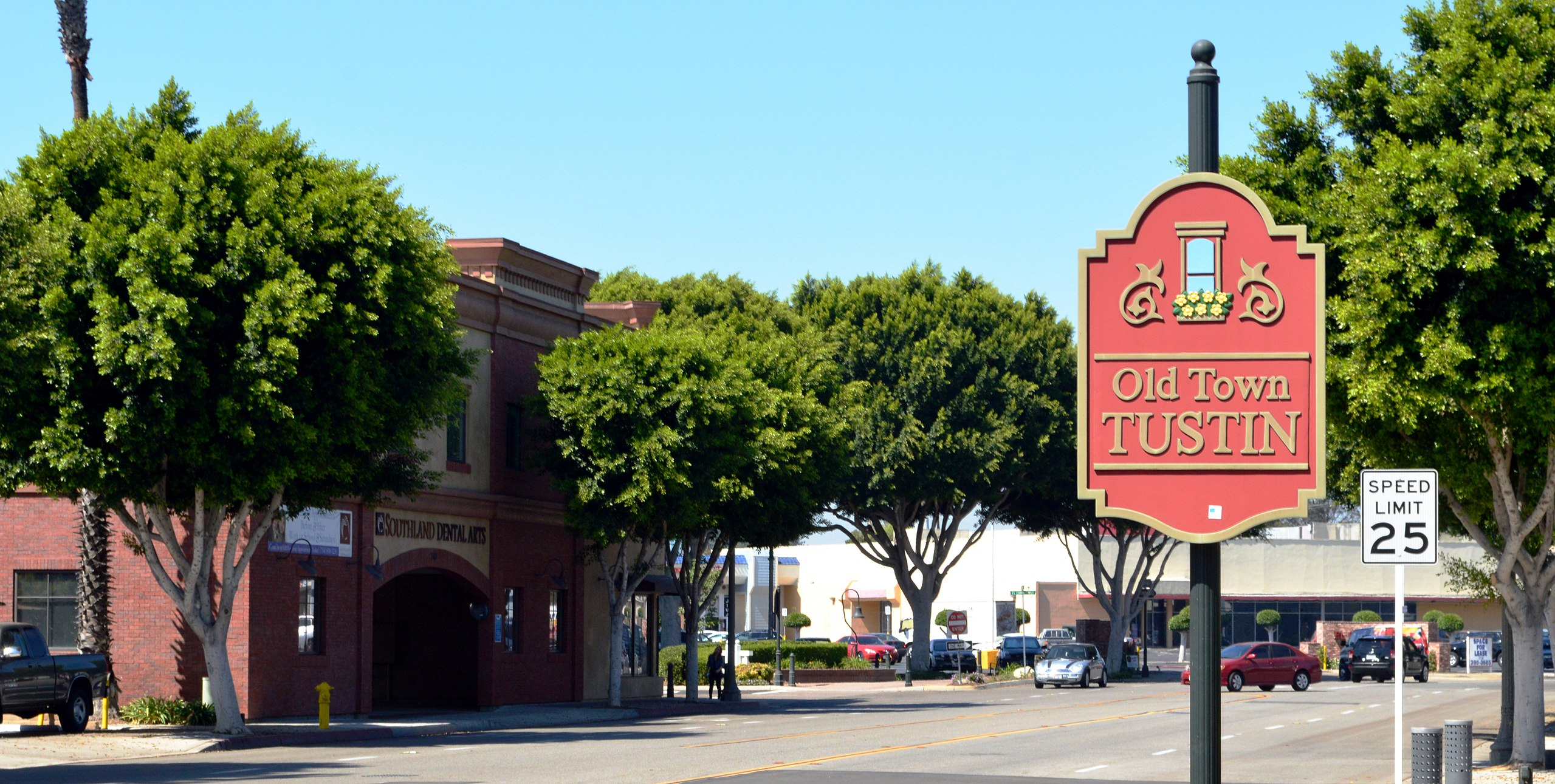 Best Historical Sights and Landmarks in Santa Ana