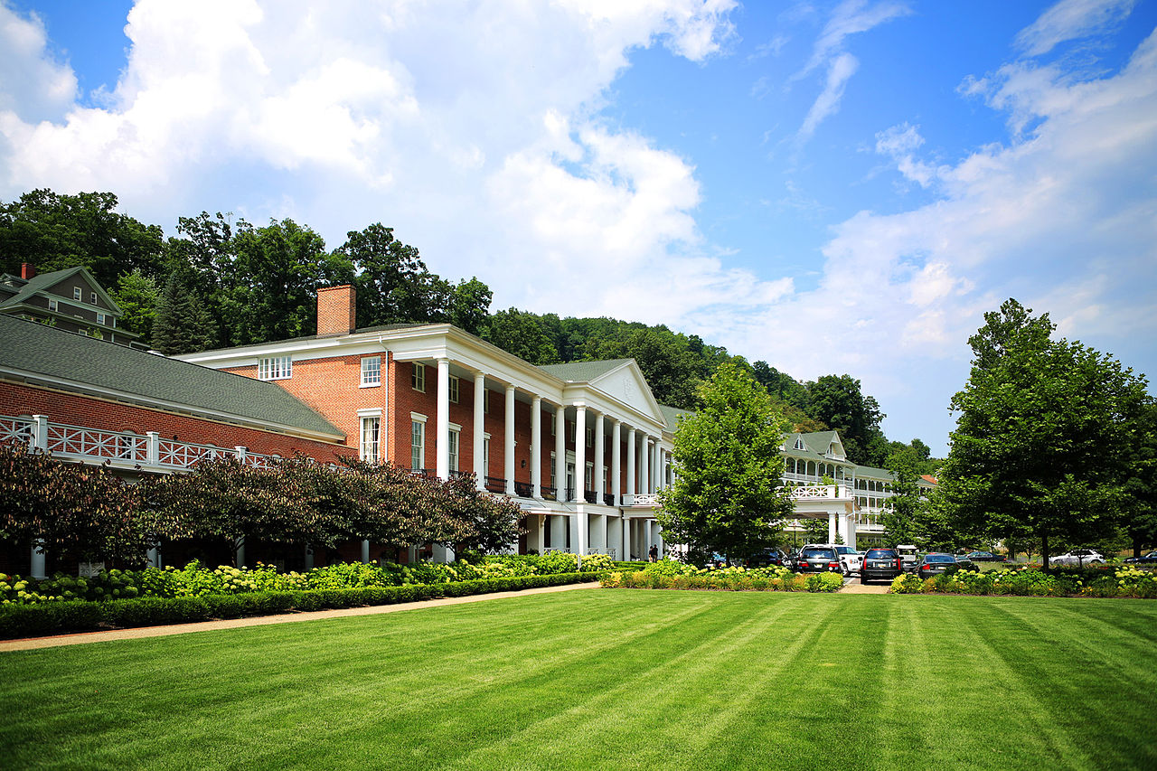 Omni Bedford Springs Resort - Top Resort and Area to Stay in Pennsylvania